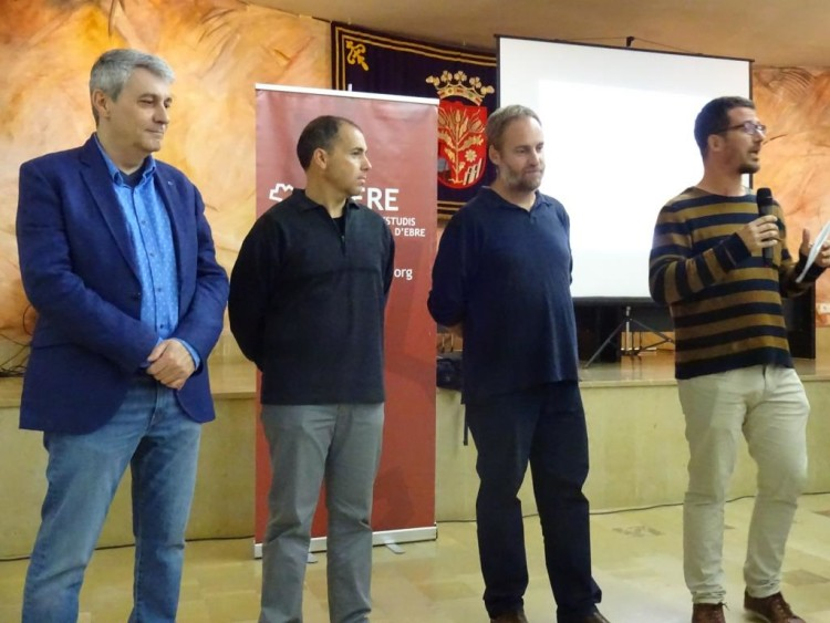 Tivissa: Joan Josep Duran (CERE) Joaquim Roset (Ajuntament deTivissa), David Asensio (UAB), Gerard Mercadé (ACRE)